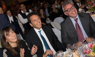 Acuerdo Massa-kirchnerismo: Zamora avisa que no se baja y le ofrece la interna a Malena Galmarini