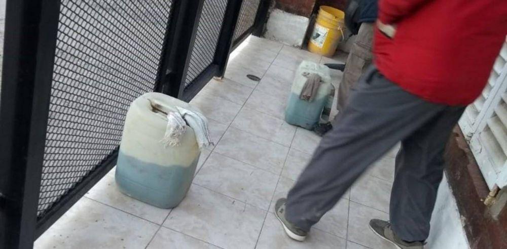 Detenciones, encapuchados y bidones con nafta: la interna salvaje de la UOCRA en Neuquén