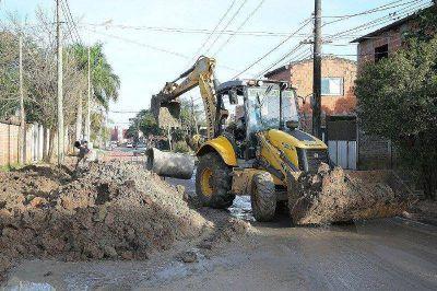La Municipalidad realiza trabajos de desagüe por calle Loreto