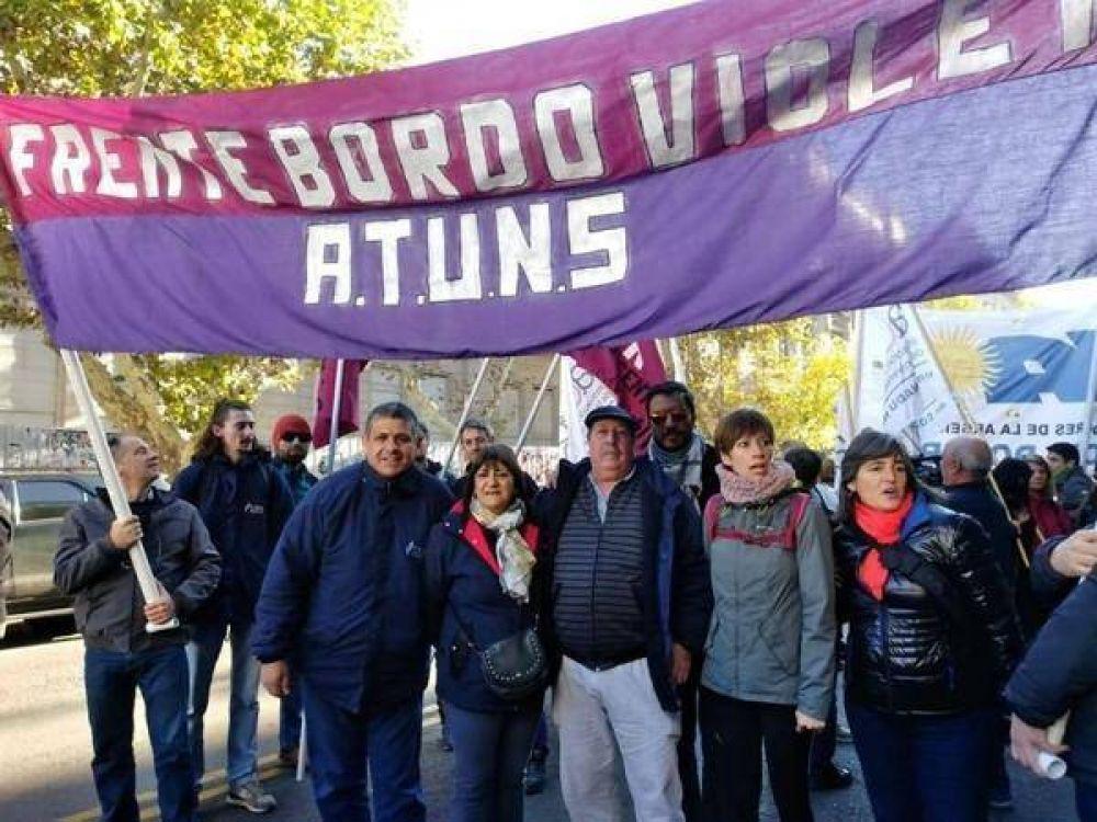Trabajadores no docentes de la UNS no quieren el pase a la obra social sindical