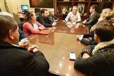Después de reunirse con Gay, el radicalismo de Bahía Blanca define candidatos: Una funcionaria pica en punta