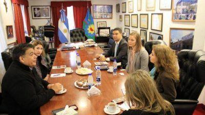El intendente Ishii recibió a funcionarios de la embajada de Estados Unidos
