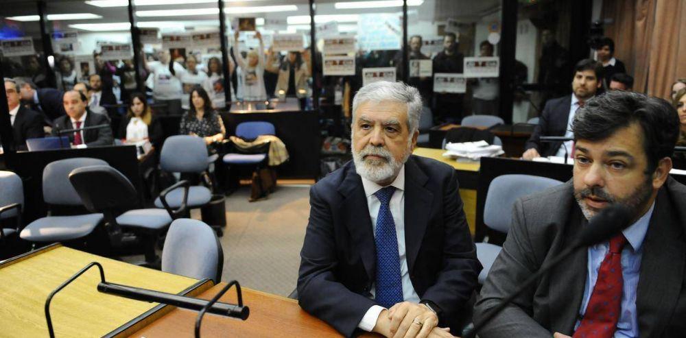 """El abogado de De Vido comparó una entrevista a un ex directivo de PDVSA con """"una tortura"""""""