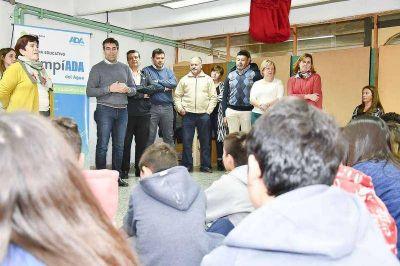 Olimpiadas del Agua: López animó a alumnos para la presentación de proyectos
