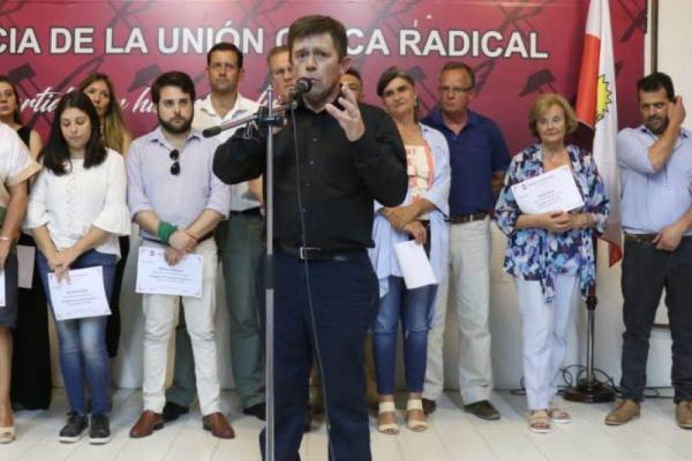 "El titular de la UCR Entre Ríos dijo que la fórmula Macri-Pichetto les ""cayó como un balde de agua fría"