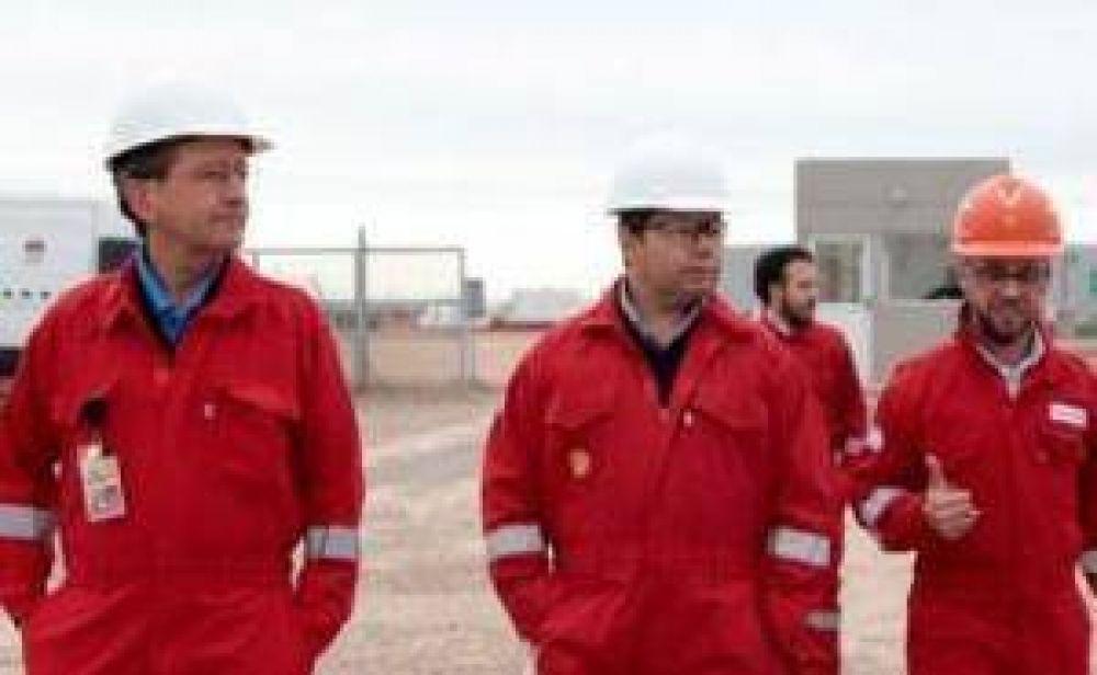 Monteiro y el presidente de Shell Argentina recorrieron el yacimiento Sierras Blancas