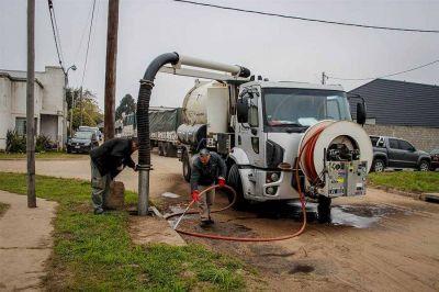 Intensifican los trabajos de limpieza en desagües pluviales de la ciudad