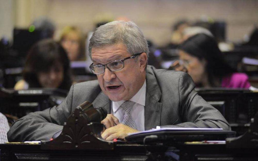El exministro Oporto encabeza un acto para apoyar a Victoria Tolosa Paz en La Plata