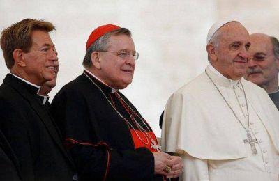 Dos cardenales díscolos firman una 'Declaración de verdades' para refutar los errores actuales en la vida de la Iglesia