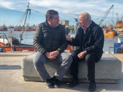 Para Montenegro, el municipio tiene que ponerse «al frente de la problemática portuaria»