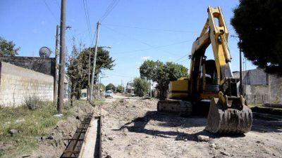 Una vez que el clima mejore, se continuará con el cordón cuneta del Barrio Sur