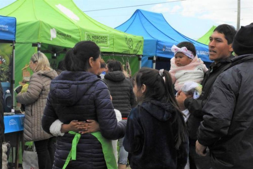 El Mercado en tu Barrio volvió a ser un éxito y los vecinos agradecieron su llegada