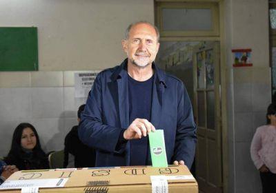 Otro cachetazo para el Gobierno, el peronismo recupera Santa Fe y Perotti será el gobernador