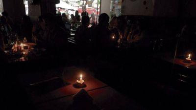 Aún hay miles de hogares sin luz en la región