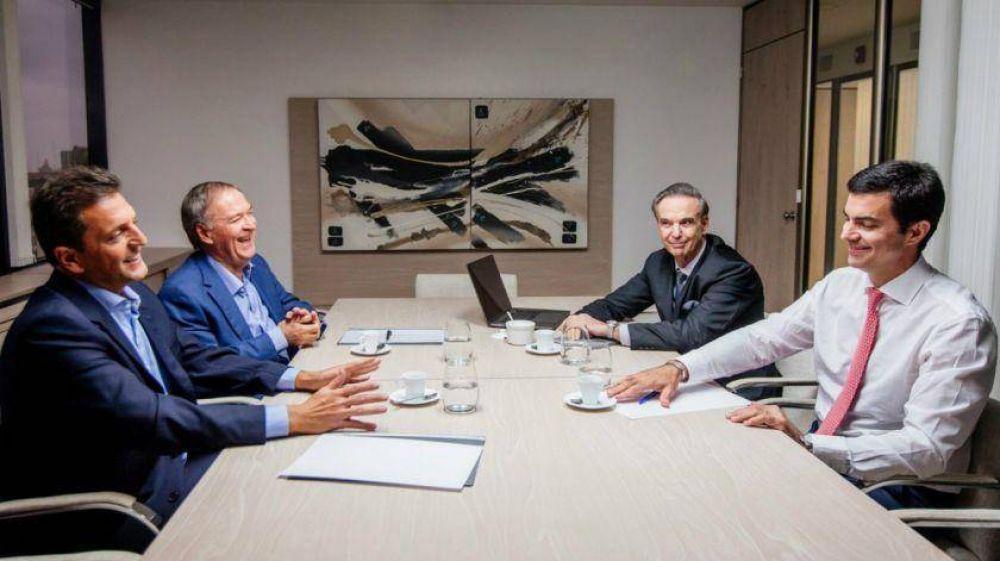 Miguel Pichetto vuelve a verse cara a cara con Sergio Massa y Juan Manuel Urtubey