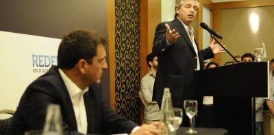 Alberto Fernández y Sergio Massa analizan los pros y contras de una primaria presidencial