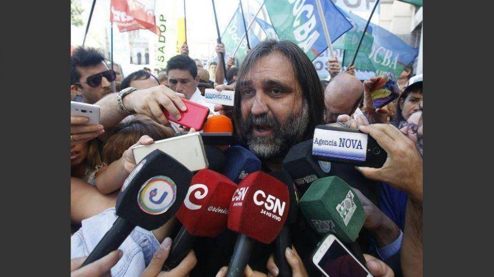 Sindicatos negocian lugares en los principales frentes electorales