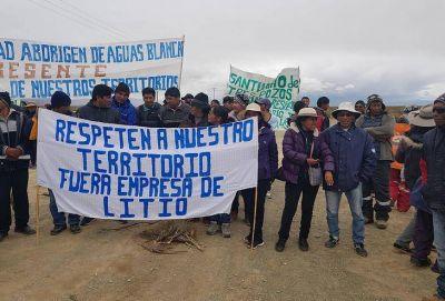 """Advierten que la explotación de litio pone en """"riesgo hídrico"""" a la Puna"""