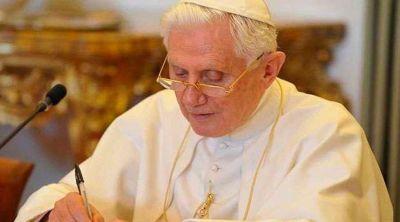 Vaticano se pronuncia sobre salud de Benedicto XVI