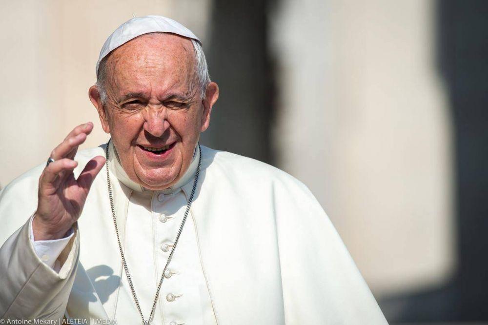 Papa Francisco: Cuando faltan las palabras, basta una caricia