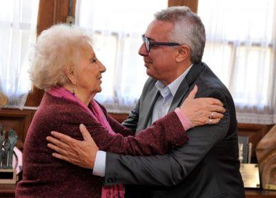 En medio de la interna en Tigre, Estela de Carlotto salió a bancar a Zamora