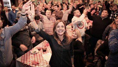 """Más de 30 fuerzas sindicales se sumaron a la campaña """"Victoria Tolosa Paz intendenta"""""""