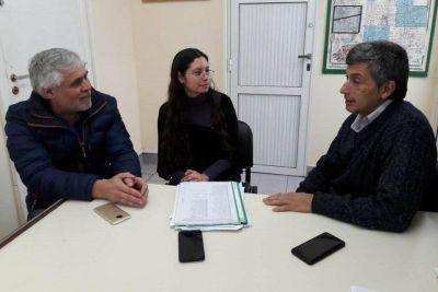 Marcelo Santillán inicia trámites para regularizar viviendas
