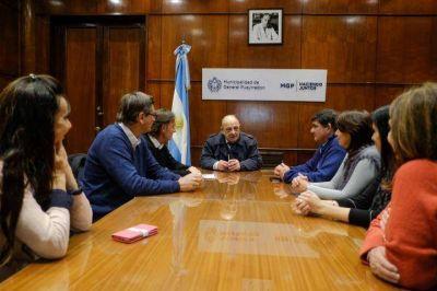 Arroyo recibió a autoridades de OSSE, COFES y AySA