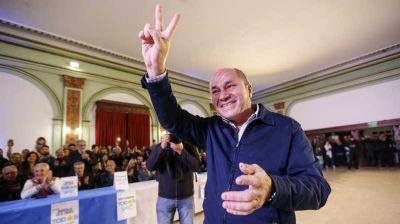 Ensenada: Mario Secco presentó la lista de concejales que lo acompañará en su última reelección
