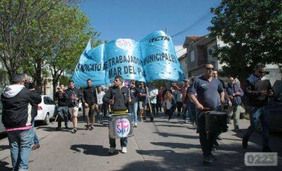 Docentes municipales vuelven a reunirse para analizar la continuidad del conflicto