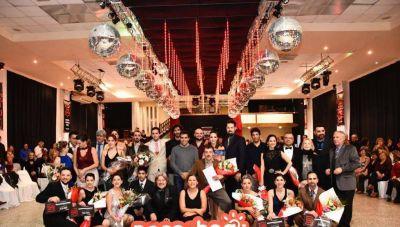 A sala llena en el Centro Vasco, cerró exitosamente el Campeonato de Baile
