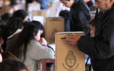 Los nombres de los 18 intendentes bonaerenses que no van por la reelección