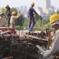 Menos empleo y más precario