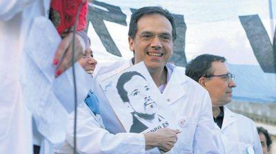 El polémico médico Rodríguez Lastra es candidato a diputado nacional en CABA