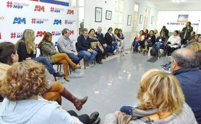 """Pulti se reunió con los docentes municipales: """"Vamos a dejar atrás el estado de conflicto"""""""