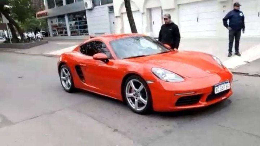 """Secuestran más de 30 autos de lujo a un empresario chaqueño vinculado al """"Pata"""" Medina"""