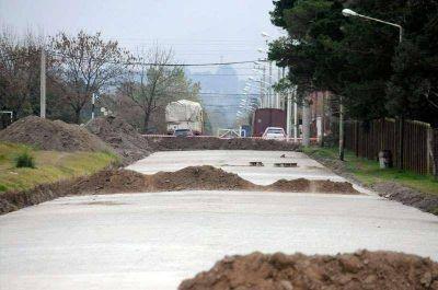 El Municipio continúa con obras de infraestructura vial y avanza con la licitación para nuevas cuadras