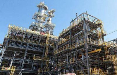 Pan American Energy obtuvo préstamo por u$s 500 millones para expandir refinería en Campana