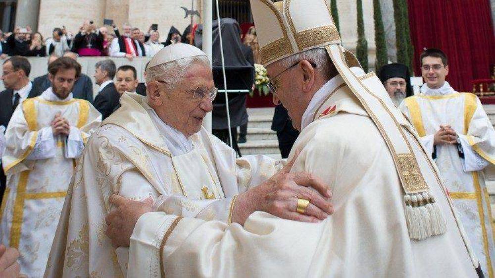Benedicto XVI: el papa es uno, Francisco. La unidad es más fuerte que las divisiones