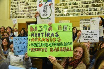 """Docentes municipales acusaron a Distéfano de aplicar una """"eutanasia educativa"""""""