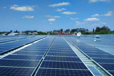 El desafío, actualizar la industria eléctrica e implementar energía renovable