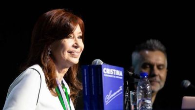 El asado de Cristina con Massa, sesión de fotos en el Patria y una cumbre de Kicillof con intendentes