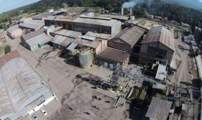 Acuerdo salarial y pacto antidespidos en el Ingenio Río Grande