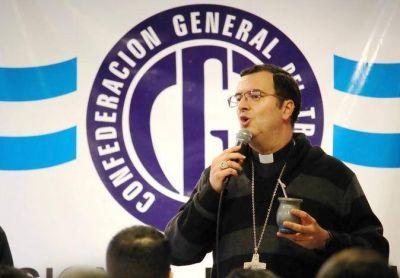 """Mestre en la CGT: """"Tenemos que trabajar juntos por el bien de todos los argentinos"""""""