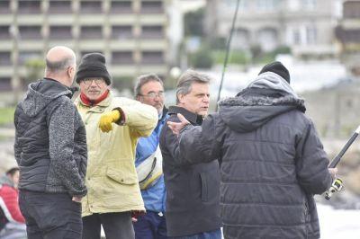 Gustavo Pulti recorrió la escollera y prometió la vuelta de los torneos de pesca