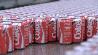 La Coca Cola que fracasó en los 80 y otros productos que vuelven con