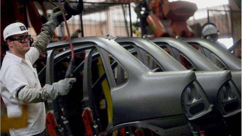 Autopartista Magna pacta suspensiones y recorte de salarios para sus 400 operarios