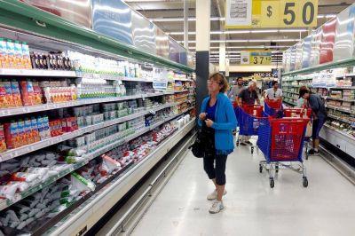 La Corte decidirá si los domingos pueden abrir los supermercados