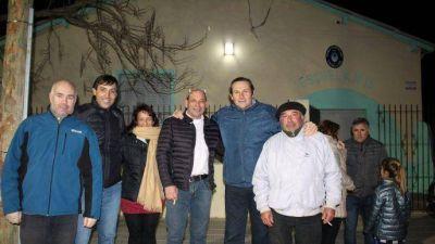 El intendente Etchevarren inauguró la iluminación LED del Barrio de la Escuela N° 15