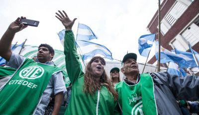 Crece la persecución gremial en el Senasa y apunta a una candidata de ATE
